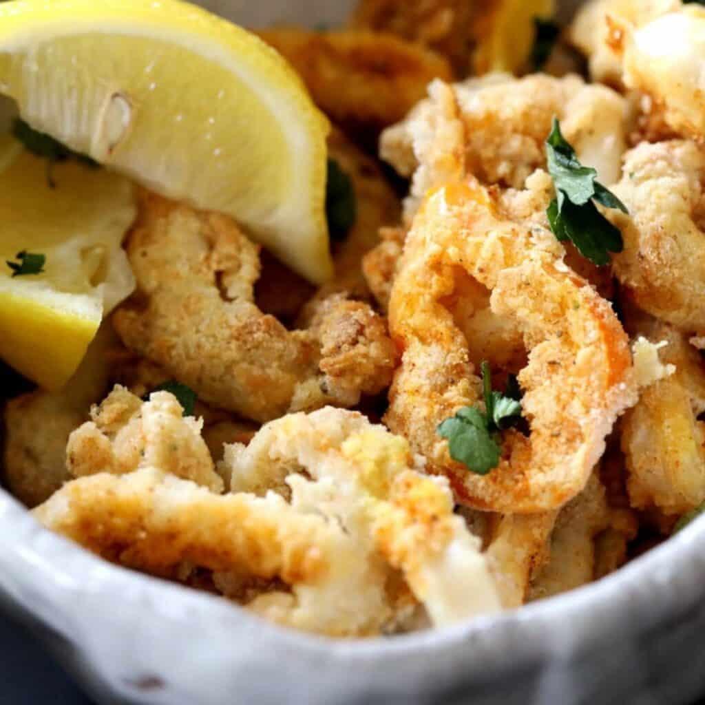 crisp air fryer calamari in a bowl