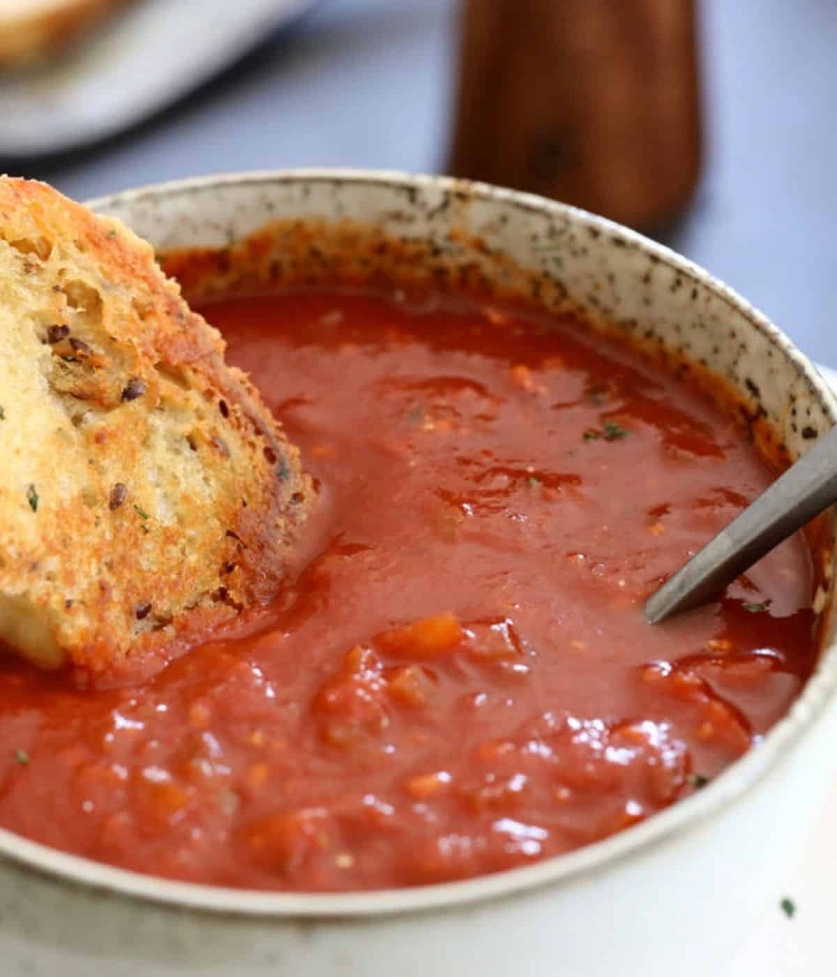 rich and hearty tomato soup