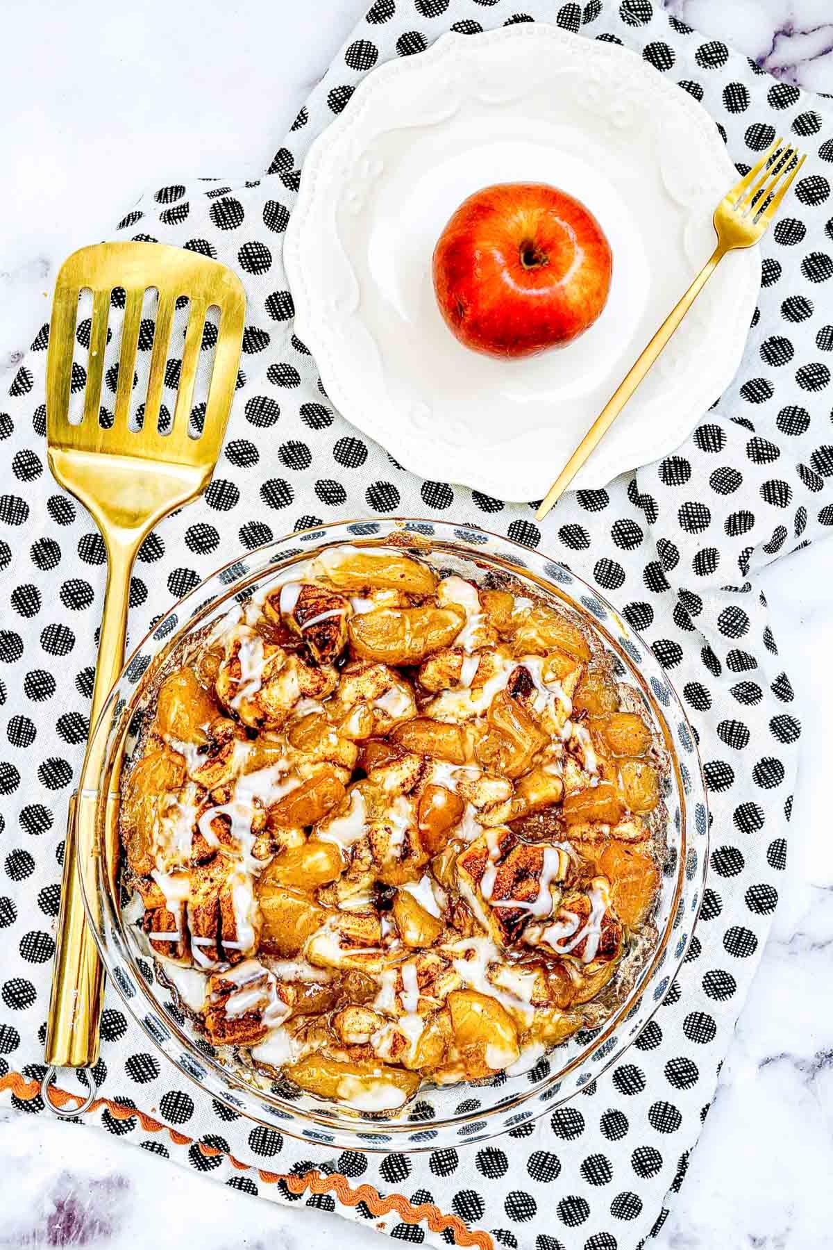 easy apple cobbler with cinnamon rolls